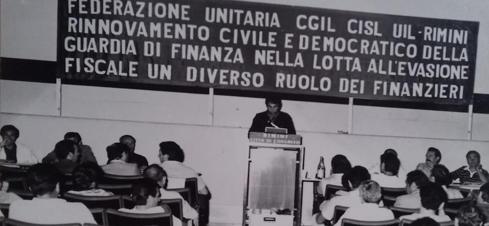 "ytali.com recensisce ""Democrazia indivisa"""