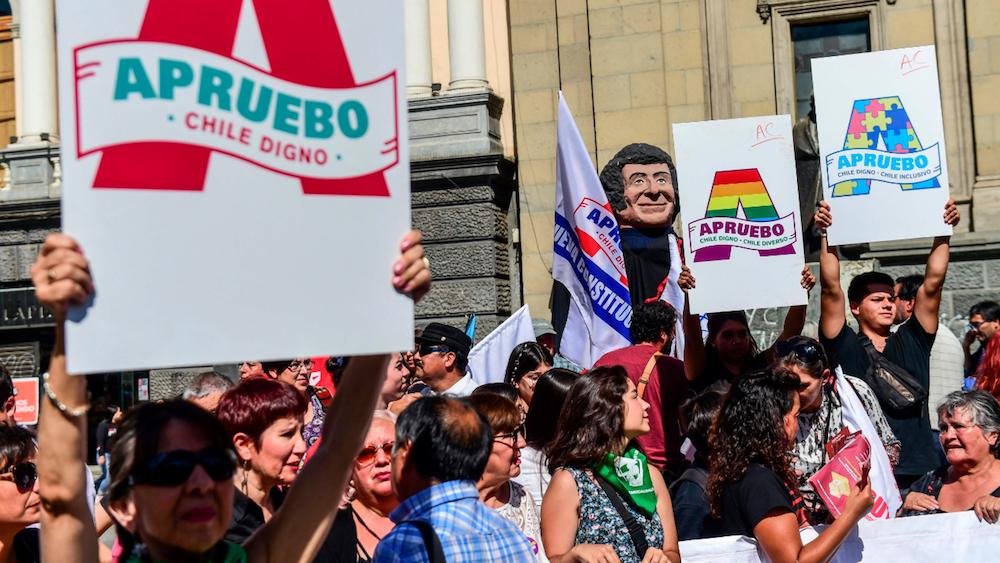 Cile. Cambiare la Carta, ma non basta