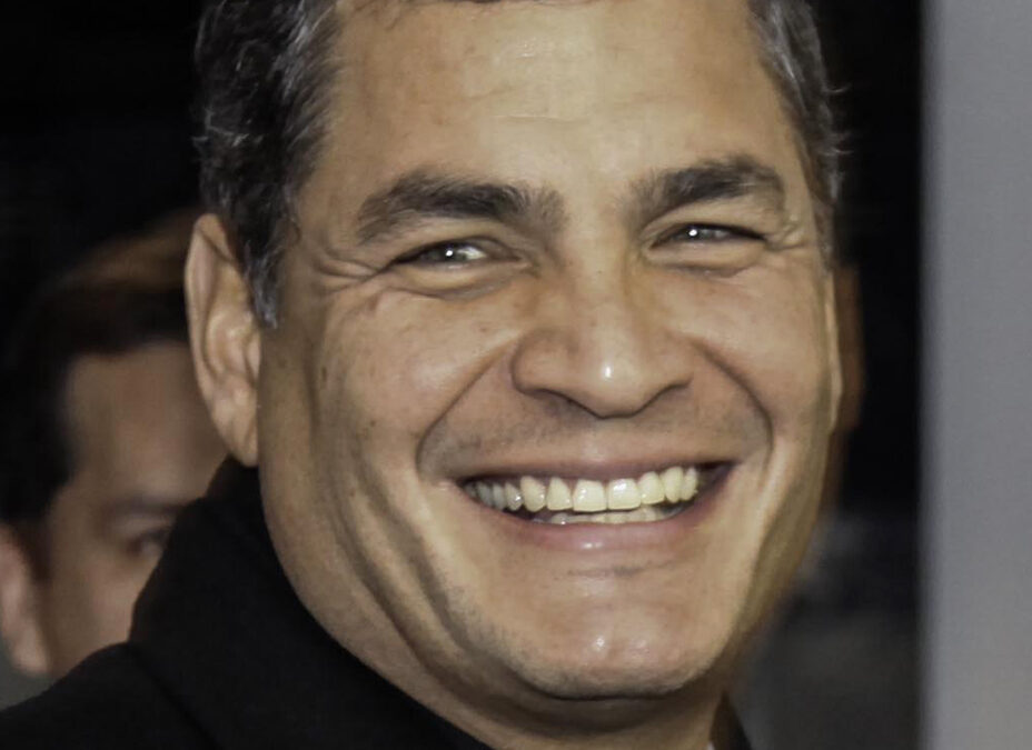 Otto anni di carcere a Rafael Correa, ex presidente dell'Ecuador